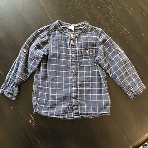 H&M Blue Plaid Long Sleeve Button Front Shirt